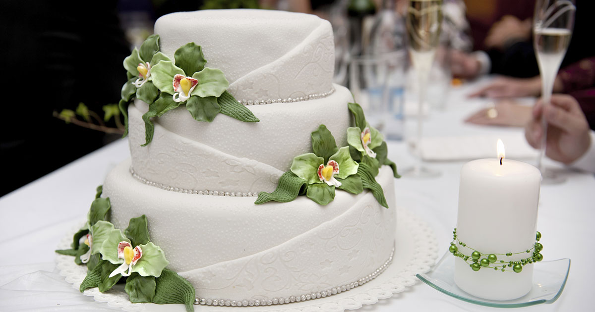 How To Apply For A Cake Decorating Job